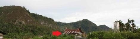 Pemandangan Dolok Mangomgom di ambil dari dekat makam Ompu Doro